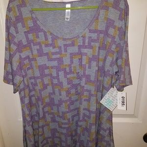 BRAND NEW with tags LuLaRoe 2XL Perfect T